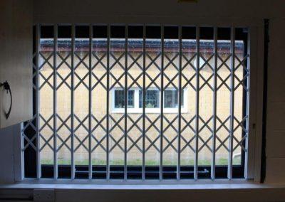 Retractable grilles